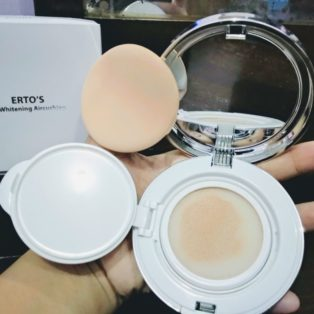 Bedak ERTO'S EE Whitening Aircushion Bedak Kecantikan